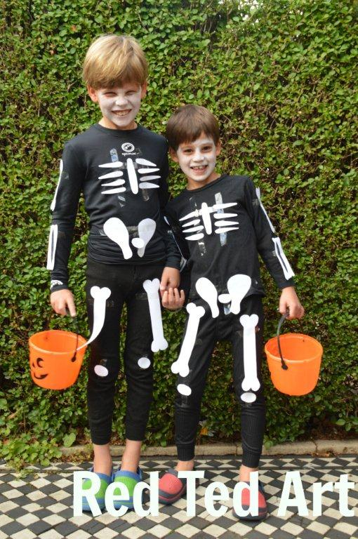 Easy-Skeleton-Costume - Red Ted Art - Skeleton Crafts and Activities on Alldonemonkey.com
