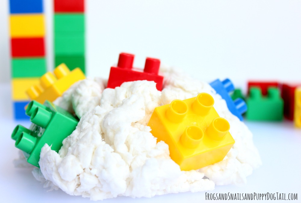 Lego Clean Mud - Frogs and Snails and Puppy Dog Tails