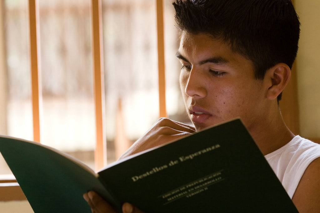 A group studying the spiritual empowerment of junior youth at the Baha'i centre in Montero, Bolivia. Copyright © Bahá'í International Community