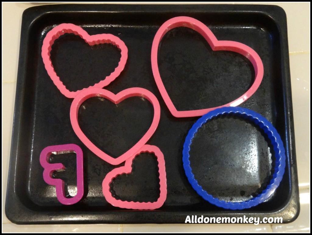 Valentine's Treat: Ice Cream Hearts - Alldonemonkey.com