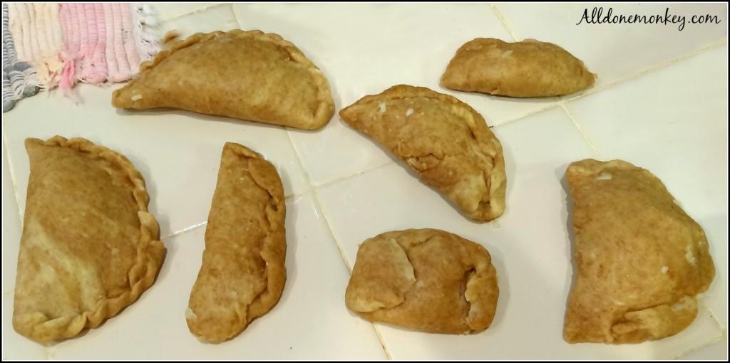 Bolivian Cooking: Empanadas | Alldonemonkey.com
