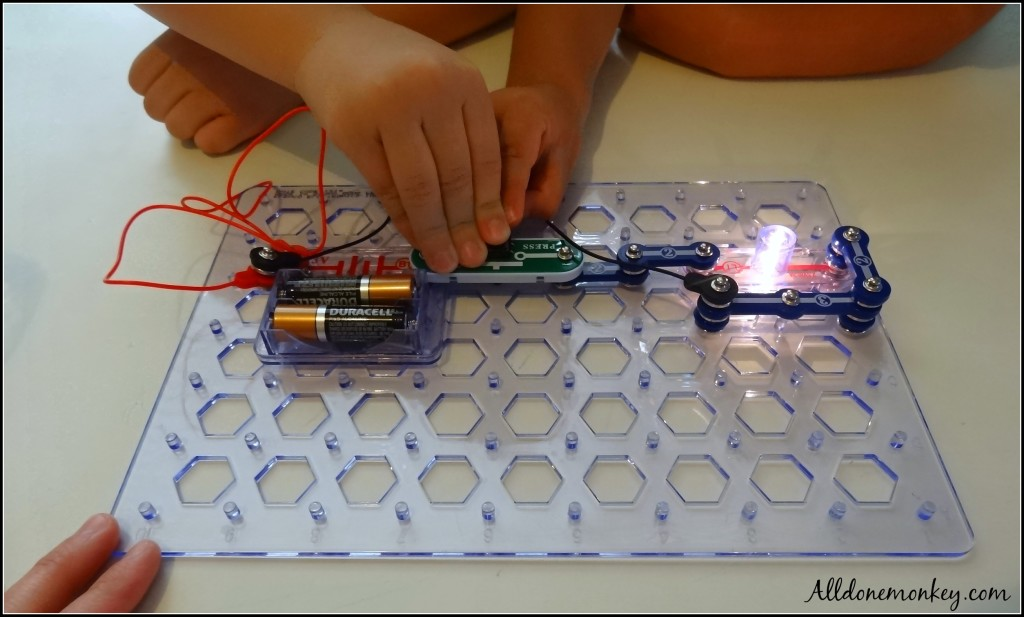 Electric Snap Circuits